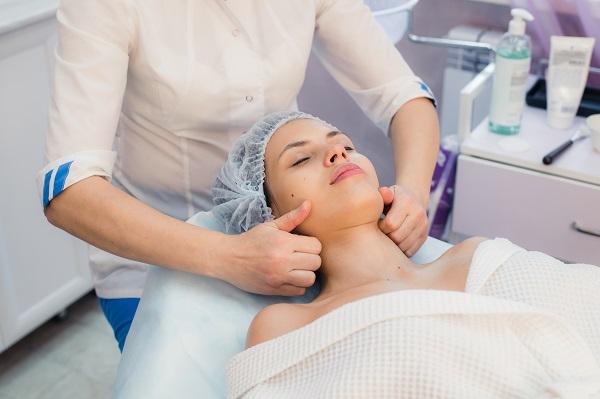 Ossigenoterapia viso a Milano da Centro Estetico Dafne
