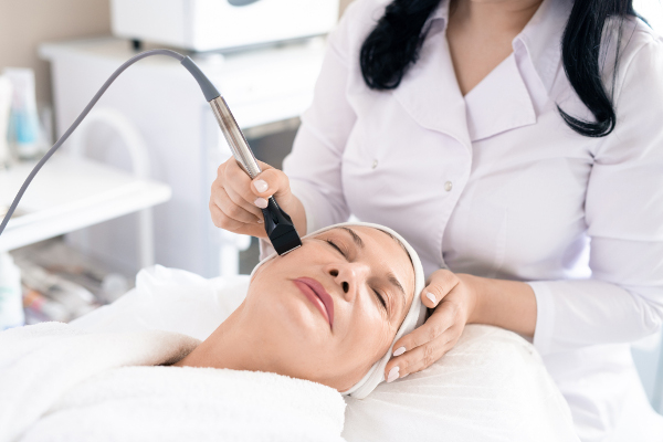 Migliora la tua pelle con il peeling a Milano da Centro Estetico Dafne